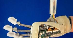 Parte la sperimentazione della mano bionica