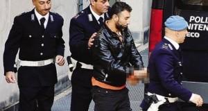 Siriano fermato a Orio trovato con foto in divisa Isis nel telefonino.