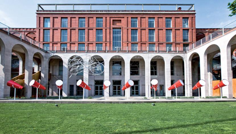 Triennale aperta mostre letture musica for Milano triennale mostre