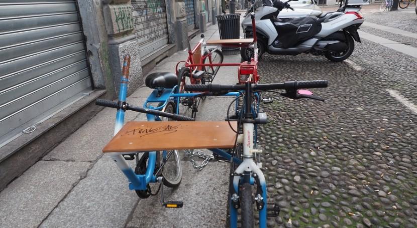 Ticinese ecco i tavolini biciclette inventati per for Tasse comunali