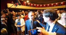 Lo spirito del 94: la staffetta Berlusconi Parisi nel comizio storico al Manzoni ( video)
