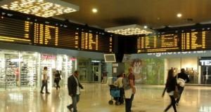 Stazione Garibaldi: coppia arrestata mentre fa shopping con carta di credito rubata