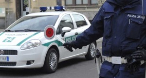 Loreto: fermato 42enne alla guida senza patente e con pistola nascosta sotto il sedile