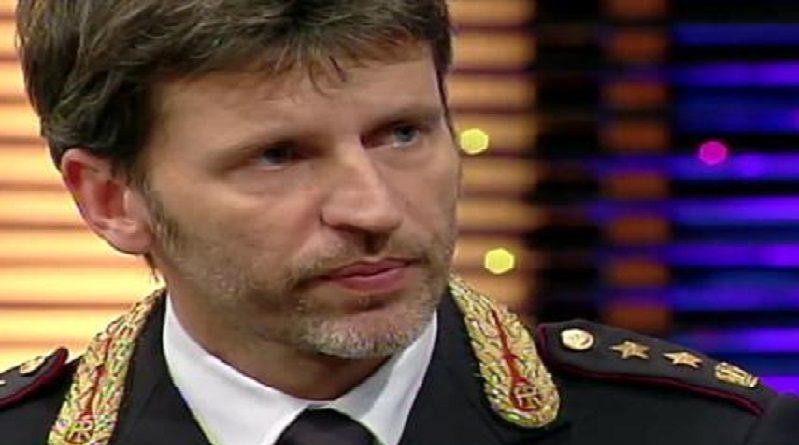 Mario ciacci poliziotto il nuovo comandante della for Nuovo locale milano