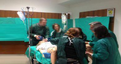 Parto in corridoio: neonata cade sul pavimento, i genitori denunciano.
