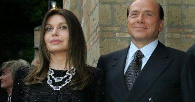 Berlusconi non dovrà più mantenere Veronica Lario. Che ha un debito con lui