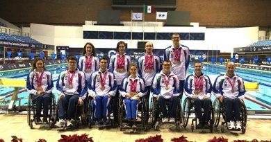 Rientro trionfale degli azzurri dai Mondiali paralimpici di nuoto.
