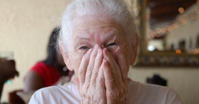 Case Bianche, una donna di 70 anni viene ricoverata: sei senegalesi occupano casa sua