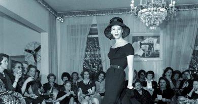 """Palazzo Reale: """"Italiana"""", racconto dell'Italia vista dalla moda nel periodo magico del Made in Italy (1971_2001)"""