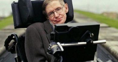 Addio a Stephen Hawking, astrofisico di fama mondiale