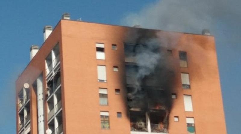 Dopo l incendio una riflessione sugli alloggi popolari e for Via tajani milano