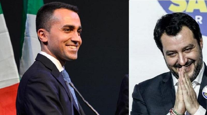 """Salvini canta """"In ginocchio da te"""" , ma a me non sta bene"""