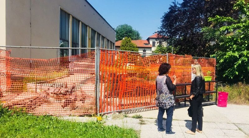 """Scuola via Muzio: """"Gravi problemi di manutenzione e sicurezza, comune intervenga"""""""