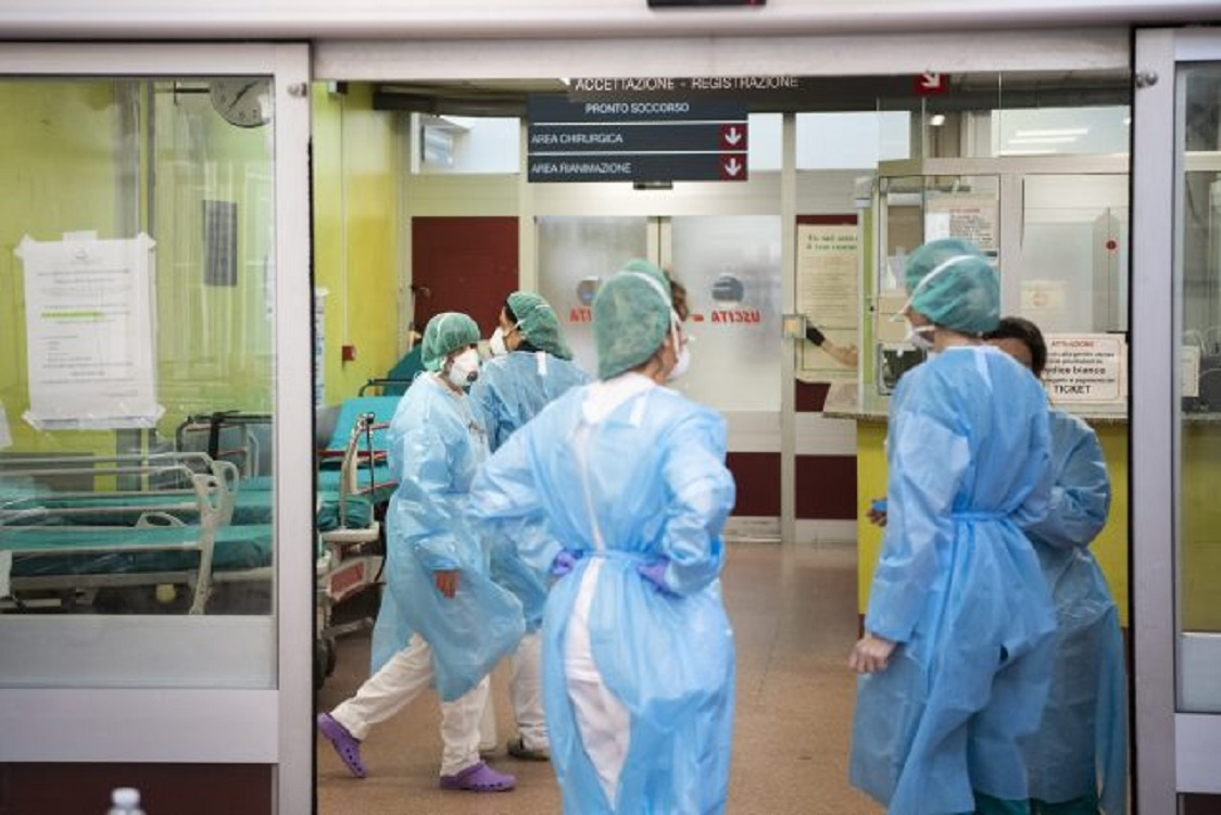 COVID, Bollettino Lazio:+ 2351 casi su 23mila tamponi. 19 decessi. Asl Rm  6: +319 positivi (un morto)